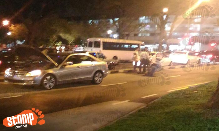 21-year-old female dies in fatal accident along Jurong West Avenue 1, 41-year-old driver arrested