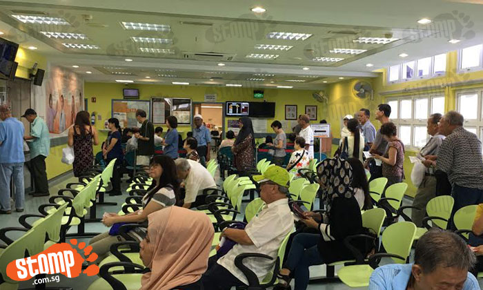 Should more counters be open at polyclinic for the elderly?