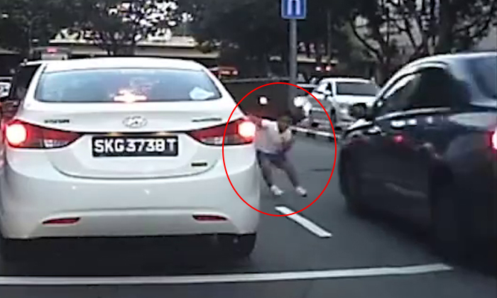 Close shave! Kid nearly gets run over by oncoming car after dashing in between vehicles at Balestier Road