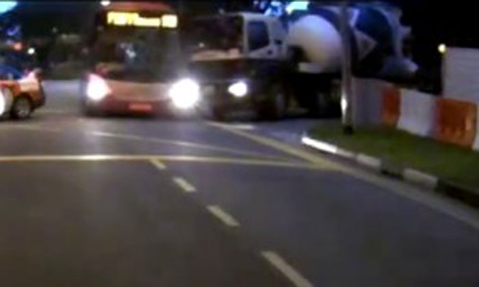 Cement mixer crashes into SMRT bus at Irawaddy Road
