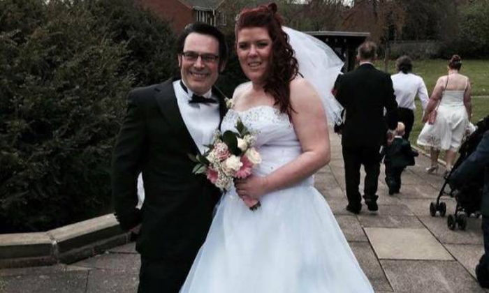 UK newlyweds receive wedding photos -- along with horrible disappointment