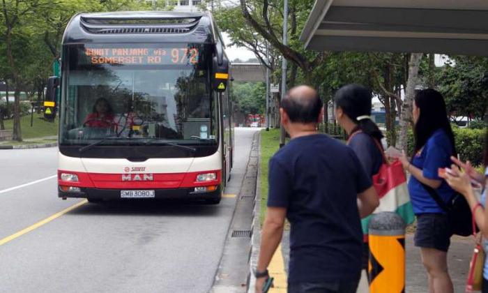 No haze? You may still be inhaling even smaller pollutant particles while waiting for the bus