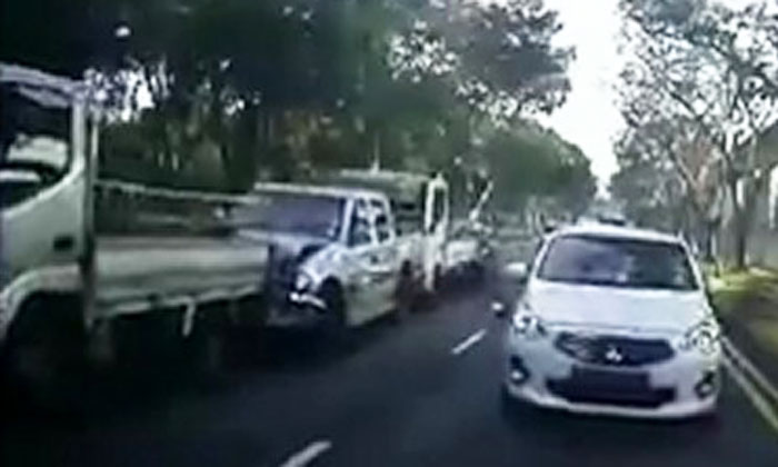 Watch how car driver causes chain collision at Bishan Road