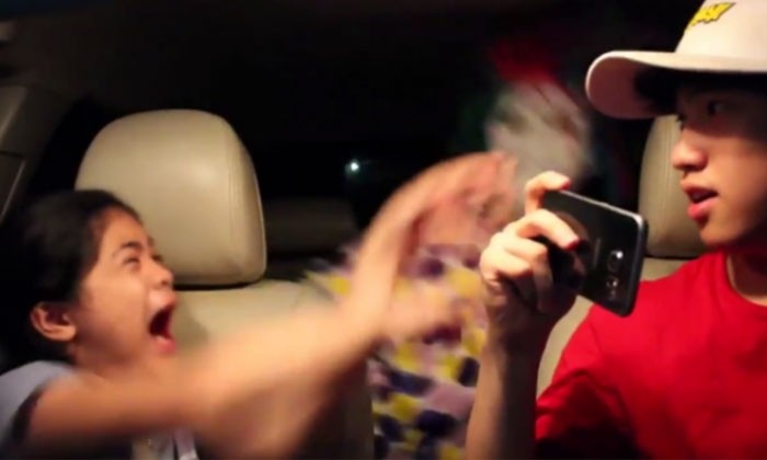 Youtuber was singing then she sees a clown -- and her reaction is hilarious