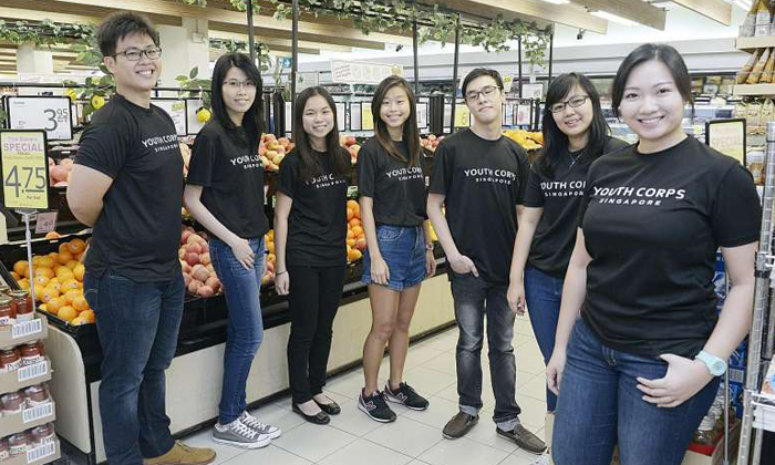 (From left) Youth Corps Singapore volunteers Randall Neo Jinteck, 22, Jesslyn Phua, 25, Cherie Poon, 19, Nicole Wong, 22, Tian Wei Shian, 23, and Kum Ke Xin, 22, and assistant manager Tang Hui Yee, 28, who are part of the team behind the Quiet Hour project.