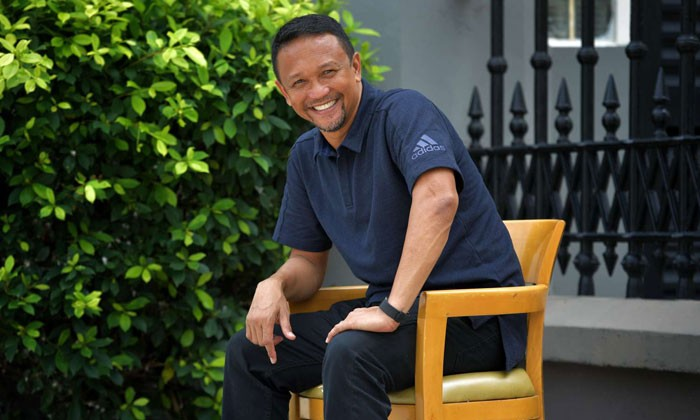 """Fandi Ahmad says footballers now seem to have """"lost a lot of creativity"""", putting it down to how, in the past, many children would be fighting for one football or basketball, whether in school, the kampungs or HDB void decks. He believes that if players of that era had the sort of training footballers today get, Singapore would have been one of the top footballing teams in Asia. Photos: ST, Facebook"""