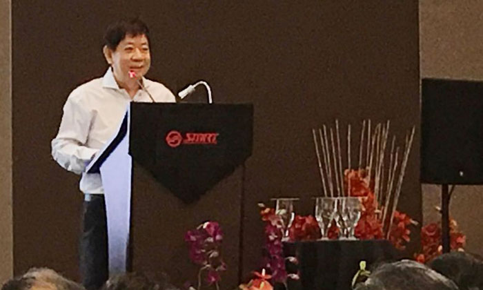 """Transport Minister Khaw Boon Wan said he did not like the way the press has been covering the resignalling project """"because they've magnified the problem unfairly""""PHOTO: LIANHE WANBAO"""