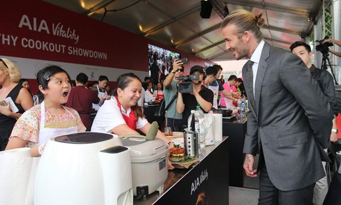 Photos: The Straits Times, Lianhe Zaobao, AsiaOne