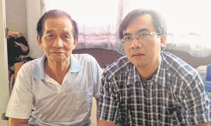 Mr Lin Jing Gui (left) suffered serious trauma to his head during the accident. Photo: Lianhe Wanbao