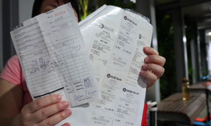 Ms Bai said that she had lost more than $8,000 after agreeing to sign for a package. PHOTO: LIANHE WANBAO