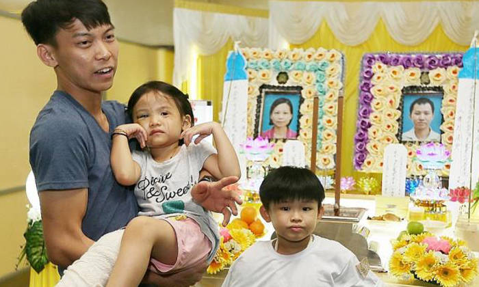 Madam Sam's youngest brother (left) said that the family would have to discuss how to raise Xin Rou and her brother Jun Xian after the tragedy. Photo: The New Paper