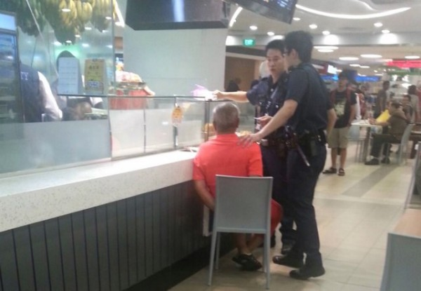 Elderly man who stabbed popiah seller in VivoCity was smitten with her, say witnesses