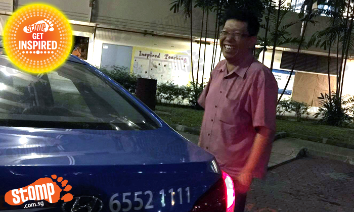 Cabby travels from Tampines to Serangoon to return woman's handphone -- and even refuses reward