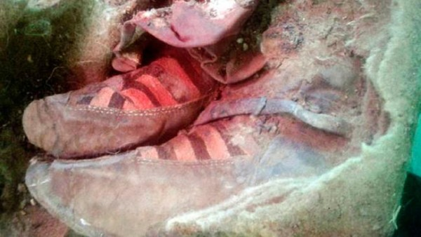 People freaking out after finding 1,500-year-old mummy wearing 'Adidas shoes'