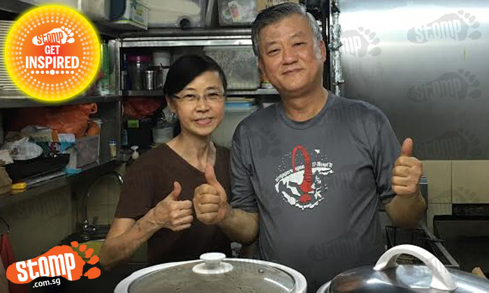 Expat woman's faith in S'poreans restored after Old Airport Rd hawkers return her wallet -- with $1,000 intact