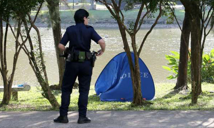 Body of 42-year-old woman found floating in Chinese Garden