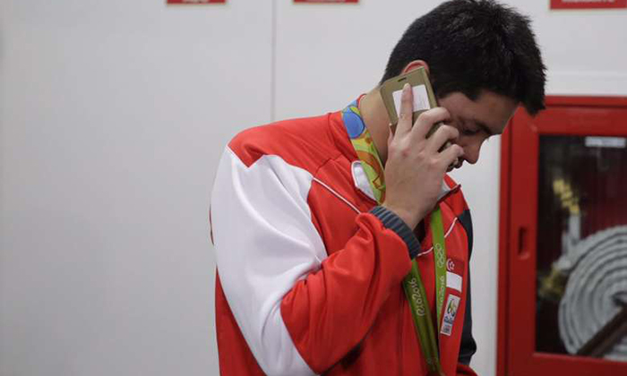 'I love you too, Dad': Joseph Schooling calls home after Olympic win