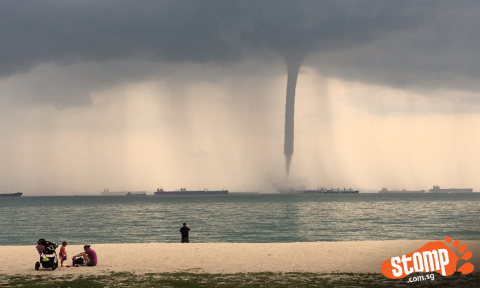 Waterspout spotted at East Coast Park: Check out all the beautiful pictures and videos by Stompers