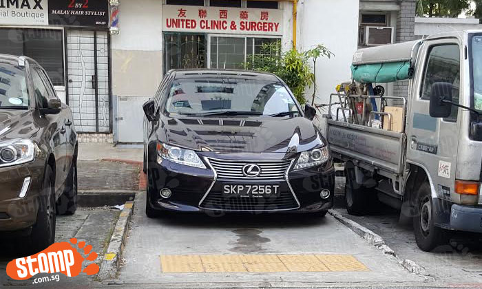 Do you know you are blocking wheelchair users when you park like a goondu?