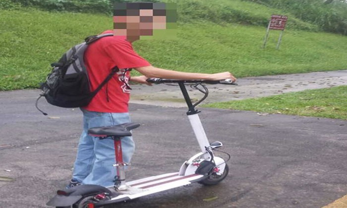 LTA impounds E-scooter belonging to man caught riding it along Mandai Rd