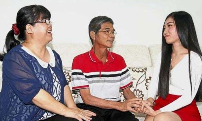 Malaysian woman donates liver to ex-teacher