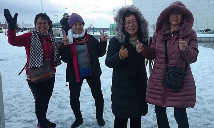 (From left) Madam Loh, Madam Teo, Madam Tham and Madam Peh experienced snow for the first time yesterday after arriving in Hokkaido. They will be there until Thursday, courtesy of Scoot which sponsored their air tickets, and Klook which sponsored their land tours and accommodation. PHOTO: KLOOK