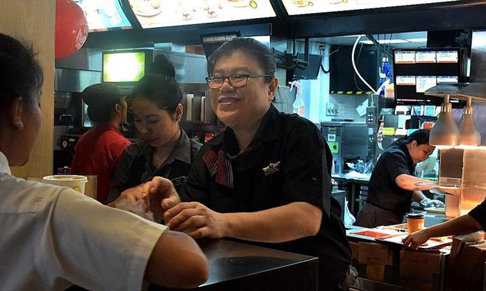 Ms Jennifer Hoo became a restaurant general manager at 23. TNP PHOTO: WENDY LIM
