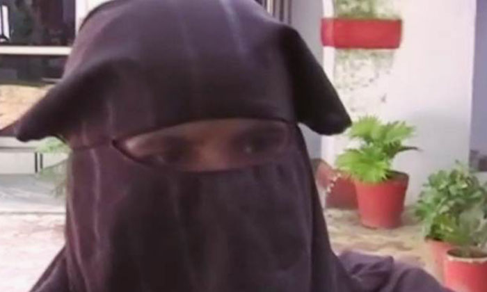 Photo: Indian Express via Twitter. The 30-year-old victim was raped by four armed man at gunpoint.