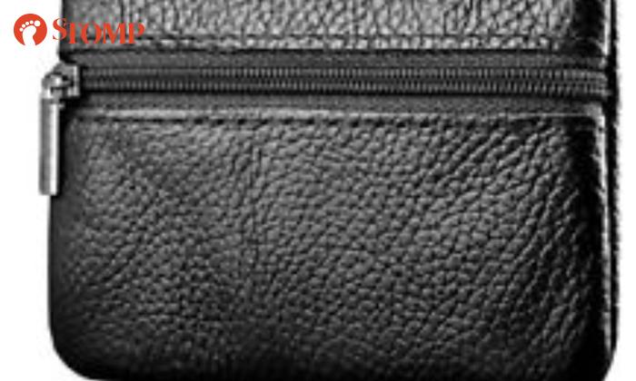 Stomper Heng lost her black purse near Stamford Primary School