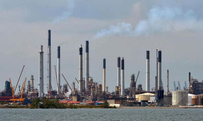 Shell's Pulau Bukom manufacturing site. ST PHOTO: ALPHONSUS CHERN