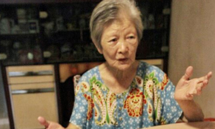 Madam Zheng said that she has been plagued by noises that her neighbours created over the past seven years. PHOTO: SHIN MIN DAILY NEWS