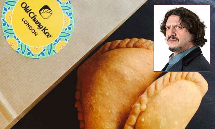 Food critic Jay Rayner (right inset) heaped insults on the curry puffs by Old Chang Kee.