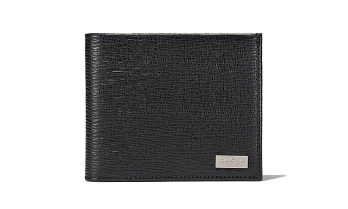 Have you seen my black Ferragamo wallet that I lost at Bukit