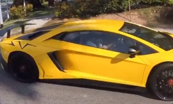 Cool Lamborghini But Take A Closer Look At What Its Driver Is