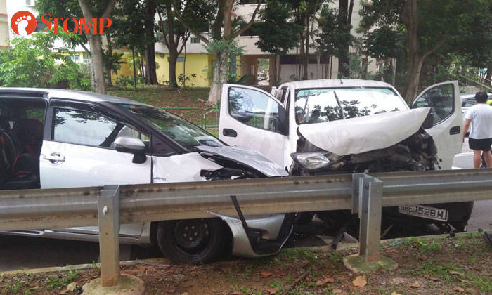 4 People Taken To Hospital After Multi Vehicle Accident At Woodlands